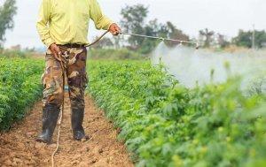 農作物農藥施撒過程